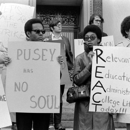 Members of the Harvard-Radcliffe Association of African and Afro-American Students (AFRO) March in Support of an Afro-American Studies Department