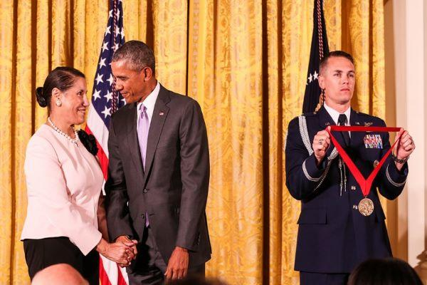 Evelyn B. Higginbotham receives 2014 National Humanities Medal from Obama