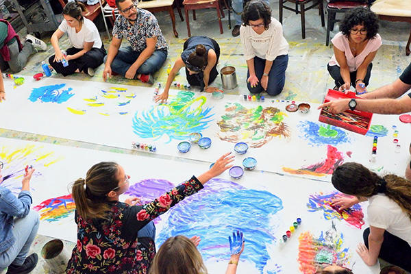 students painting in Puerto Rico
