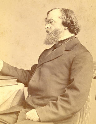 Photograph of James Freeman Clarke sitting, in profile (bMS 1446/33)