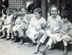 Photo of Italian-American children