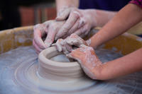 Make art ceramics