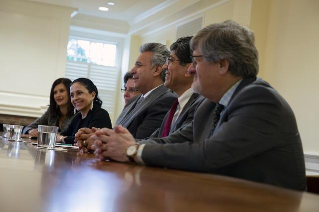 President and First Lady Moreno with delegation in discussion with President Bacow at Massachusetts Hall