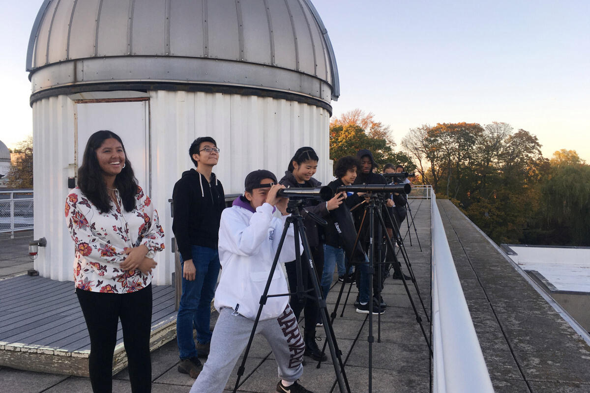Students at Harvard Center for Astrophysics