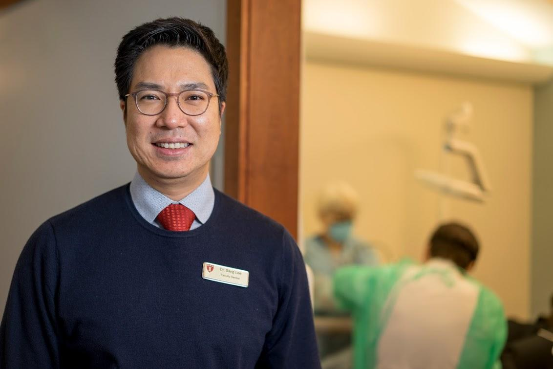 Dr. Sang Lee, director of HSDM's Advanced Graduate Prosthodontics program