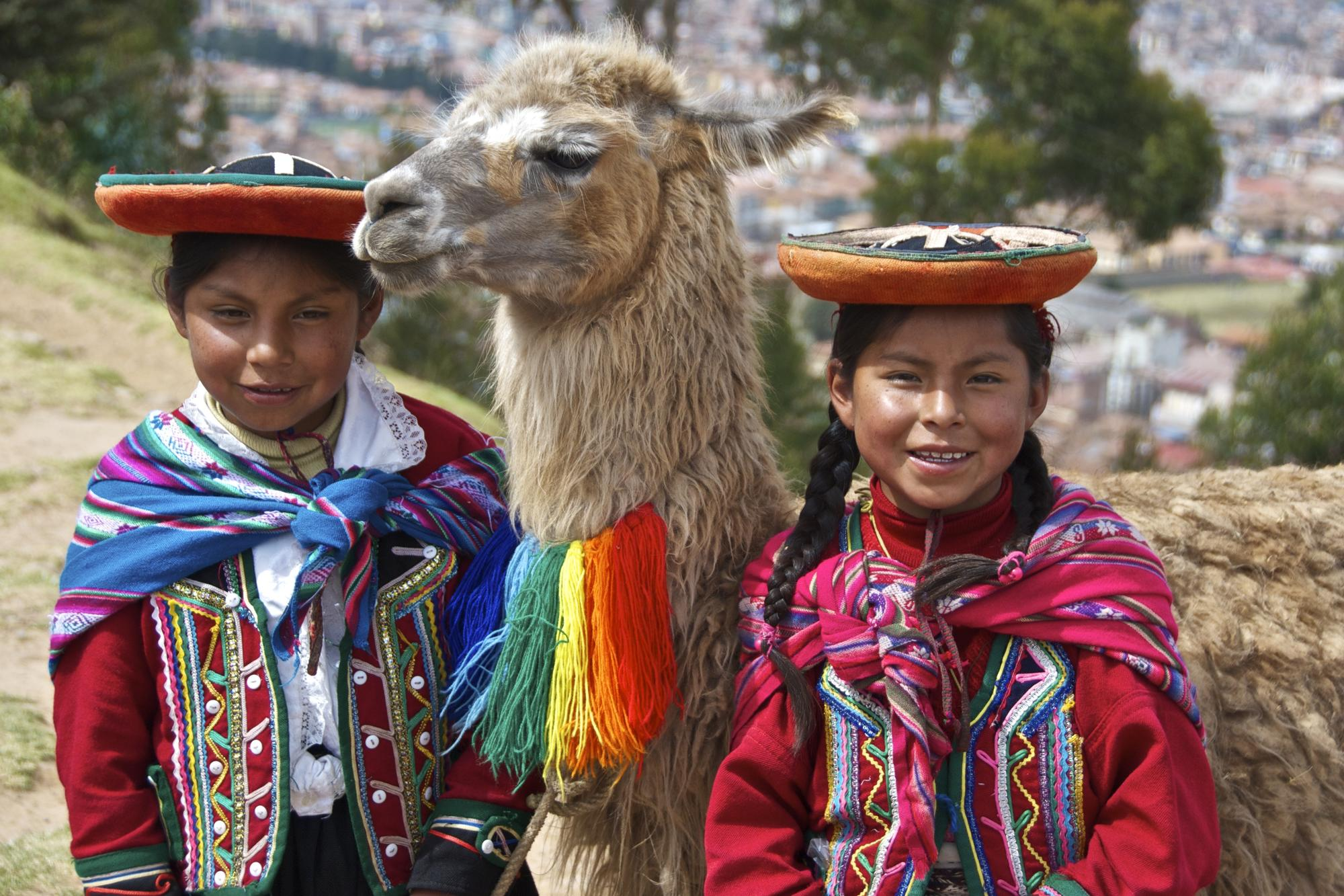 a description of the incas was a group of people who lived in south america during the period The inca empire was a vast empire that flourished in the andean region of south america from the early 15th century ad up until its conquest by the spanish in the 1530s even after the conquest.