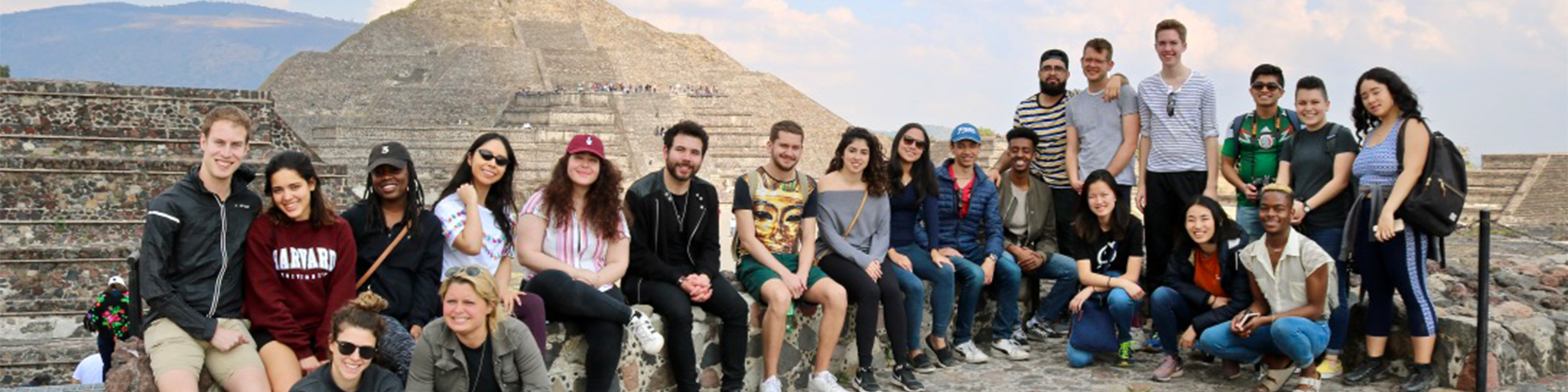 students in front of the pyramids in Mexico