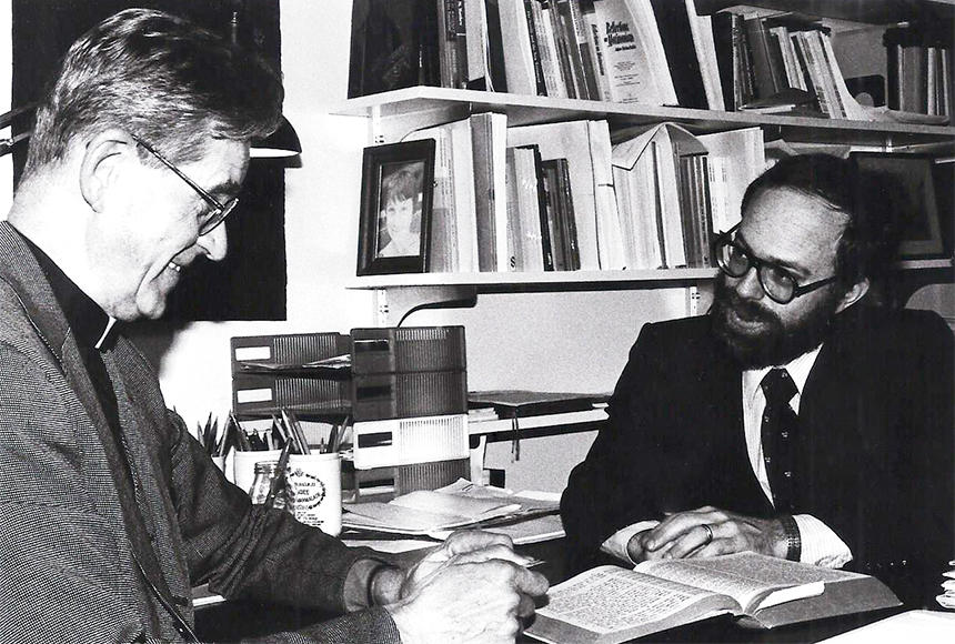 Krister Stendahl and Marc Saperstein, photo courtesy of Andover-Harvard Theological Library