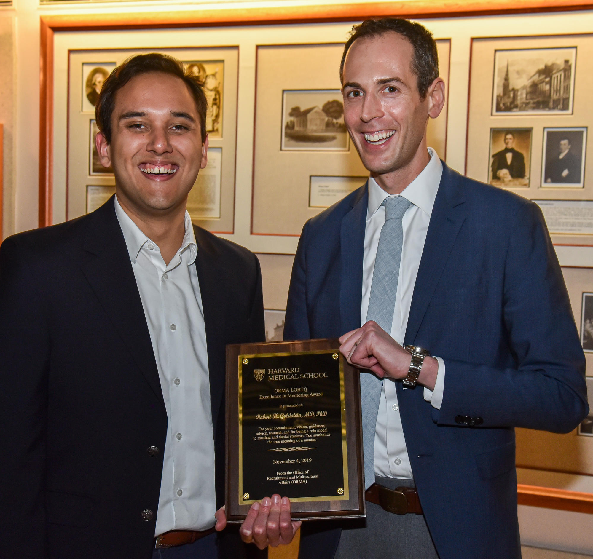 Nic Freeman and Dr. Robert Goldstein with award plaque. Image: Steve Lipofsky