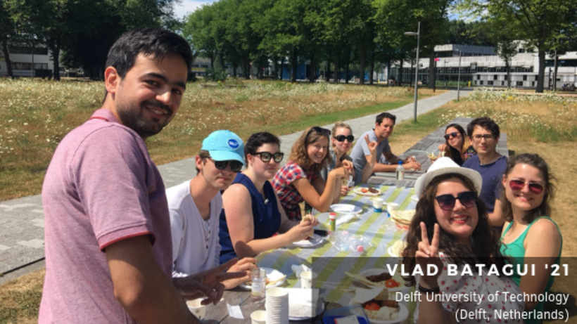 image of Harvard University and Delft University of Technology students at lunch