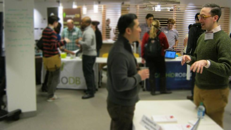 link to networking advice; image of career fair
