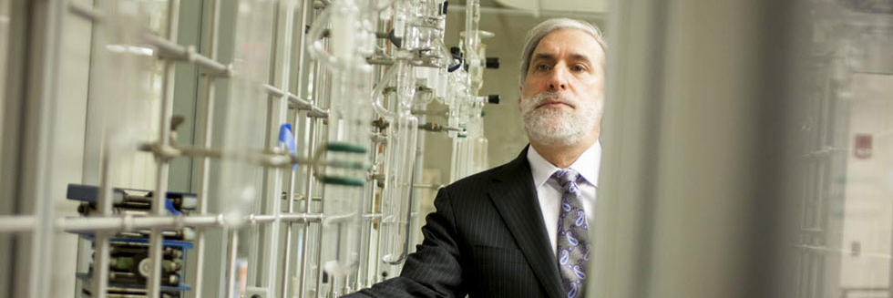 Harvard researcher Daniel Nocera.